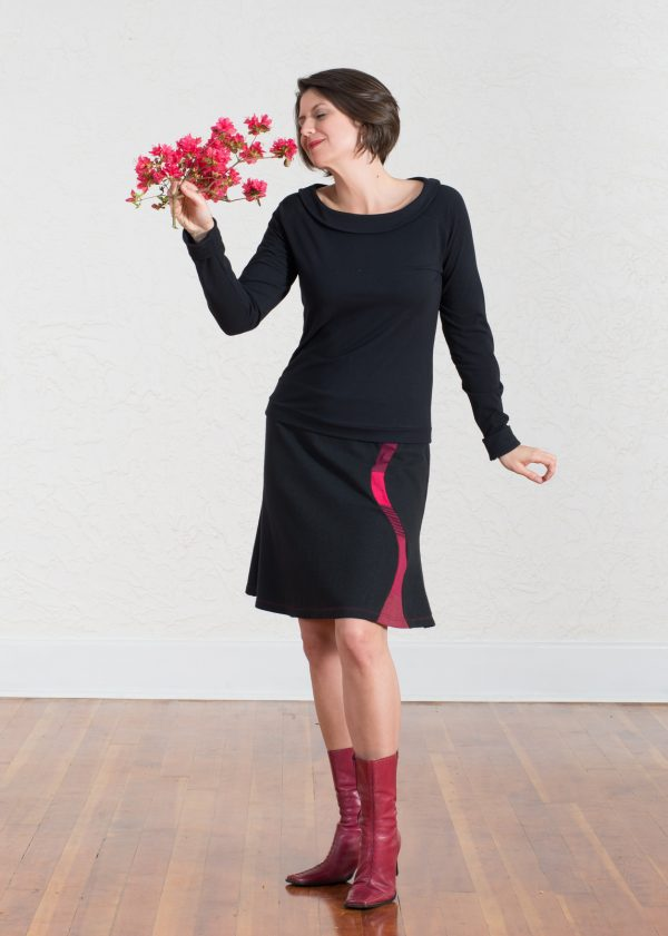 Robin in the Lava Skirt and Mercury Top with flowers